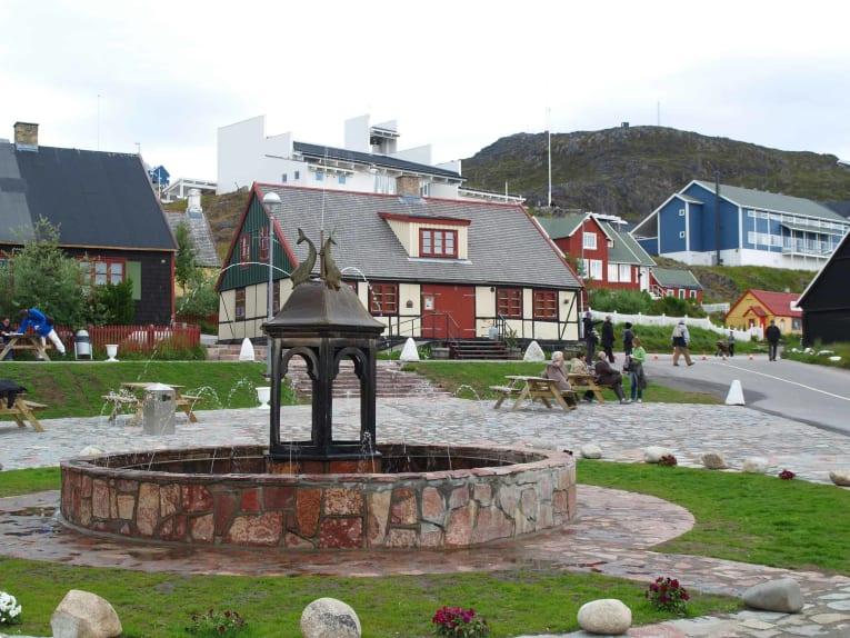 Qaqortoq_fountain