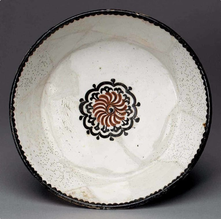Bowl believed to be made in Samarkand, c. 10th century. Source: The Met.