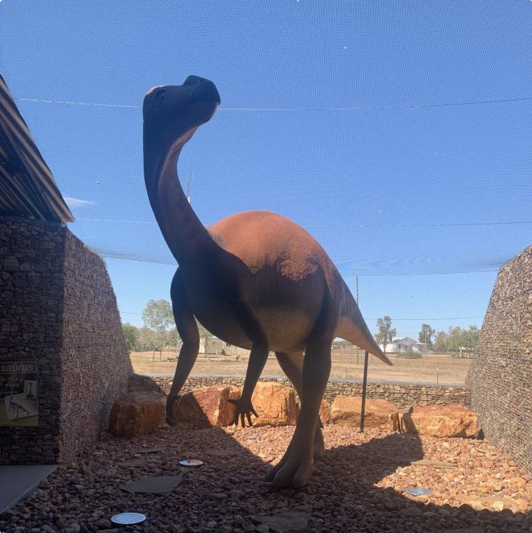 Muttaburrasaurus model