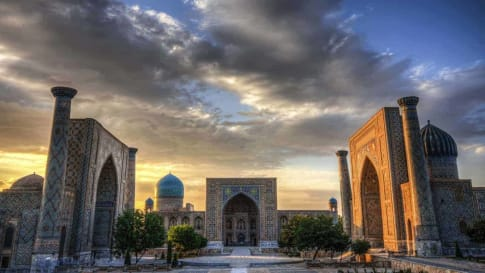 Silk Road specialist small group history tours for mature travellers