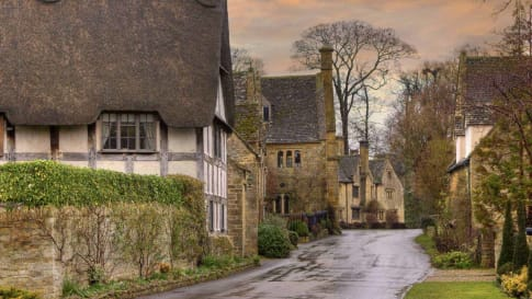 England's villages small group history tours for mature travellers