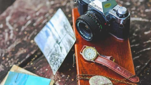 Nifty Gizmos, Gadgets, and Apps for Mature Travellers
