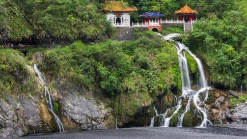 Taiwan - Changchun temple and waterfall at Taroko National Park