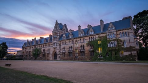800 Years of History: Discover the University of Oxford