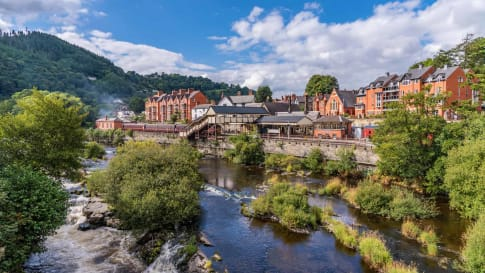 Llangollen town along the river dee in north Wales