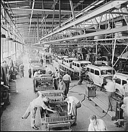 Dodge Carryall Production in WWII