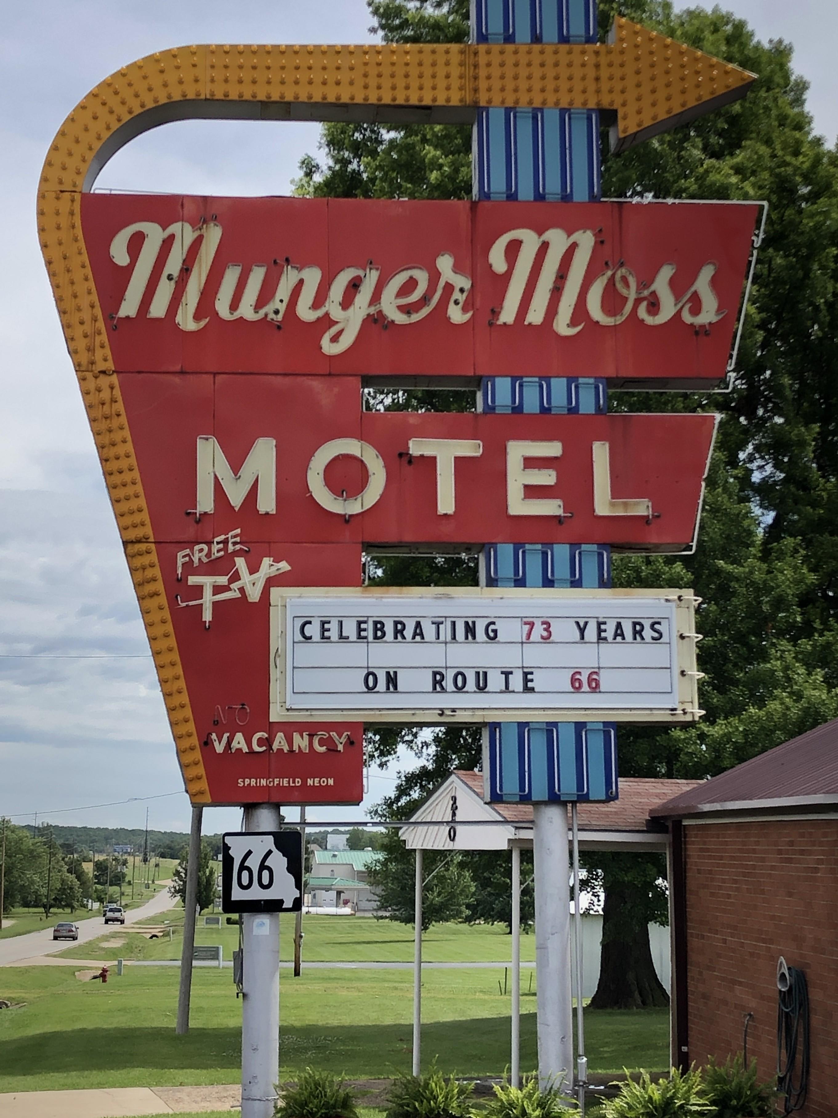 Munger Moss Sign