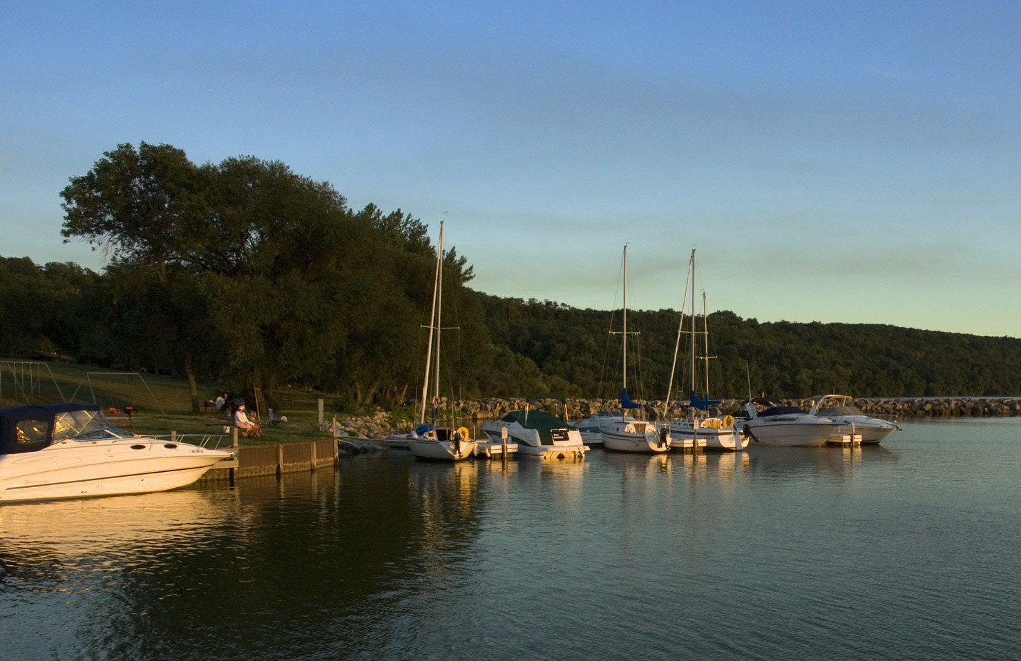 Boats at the dock iat High Cliff State Park