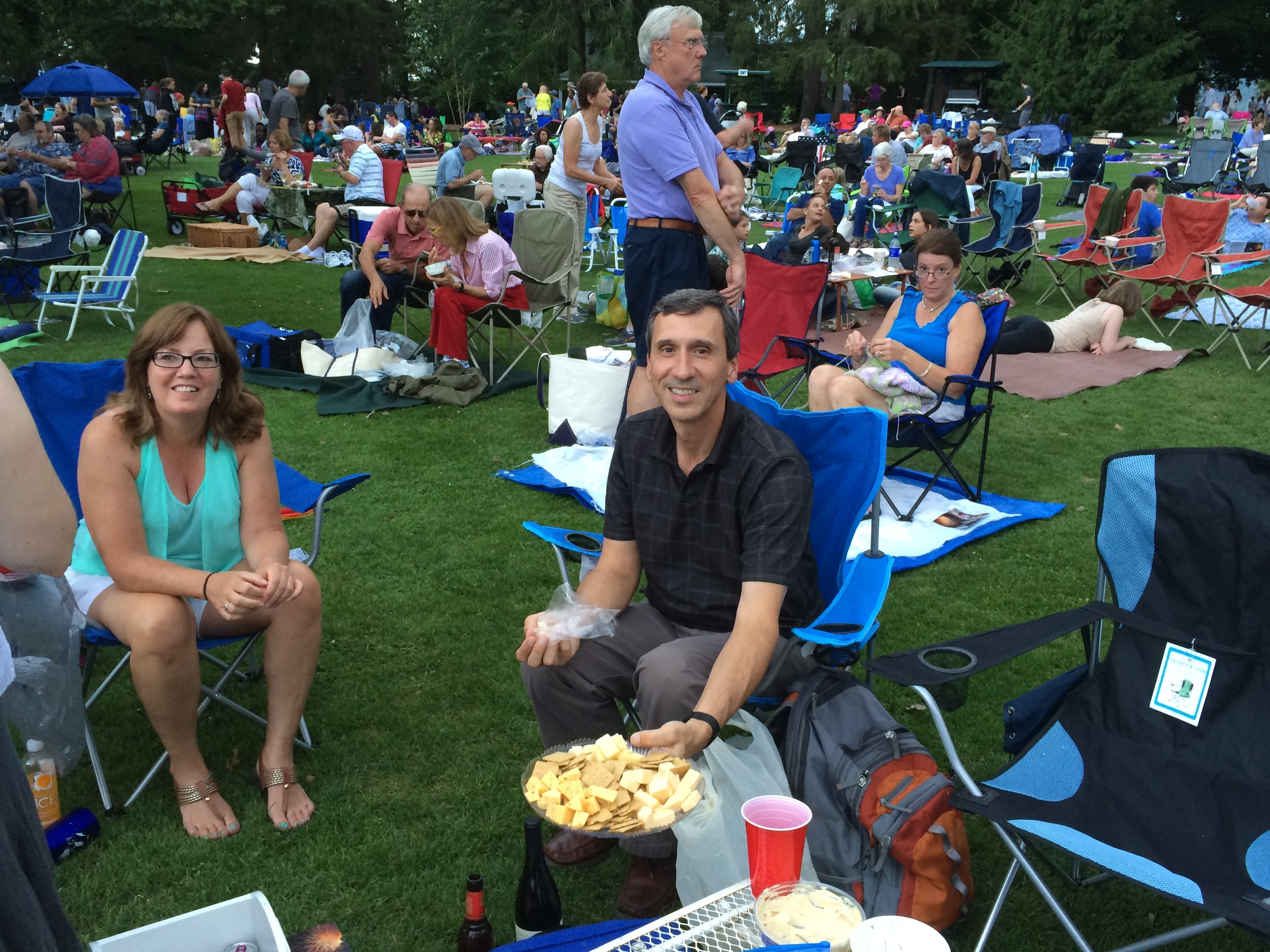 People picknicking on the lawn at Tanglewood music center