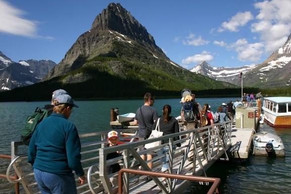 Boat tour in Glacier