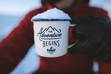 Coffee mug with snow on top
