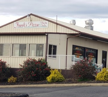 Frank's Pizza, Pasta and Subs in Fairfield, Virginia