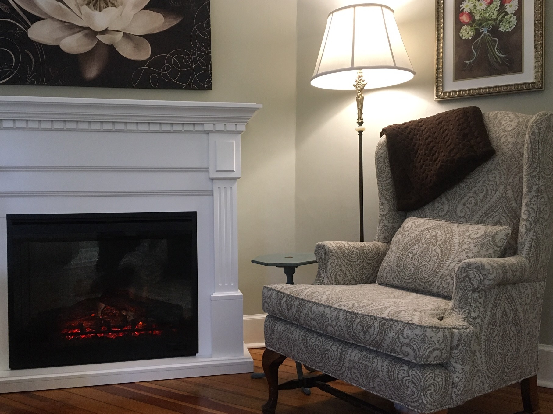 white mantel electric fireplace