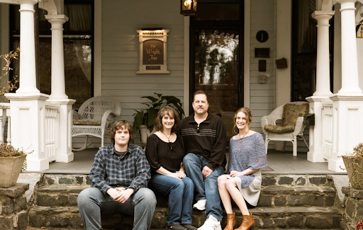 Featured Inn: 1899 Wright Inn & Carriage House, The Asheville Bed & Breakfast Association