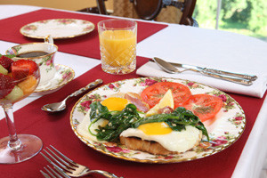 Breakfast at Chestnut Hill B&B