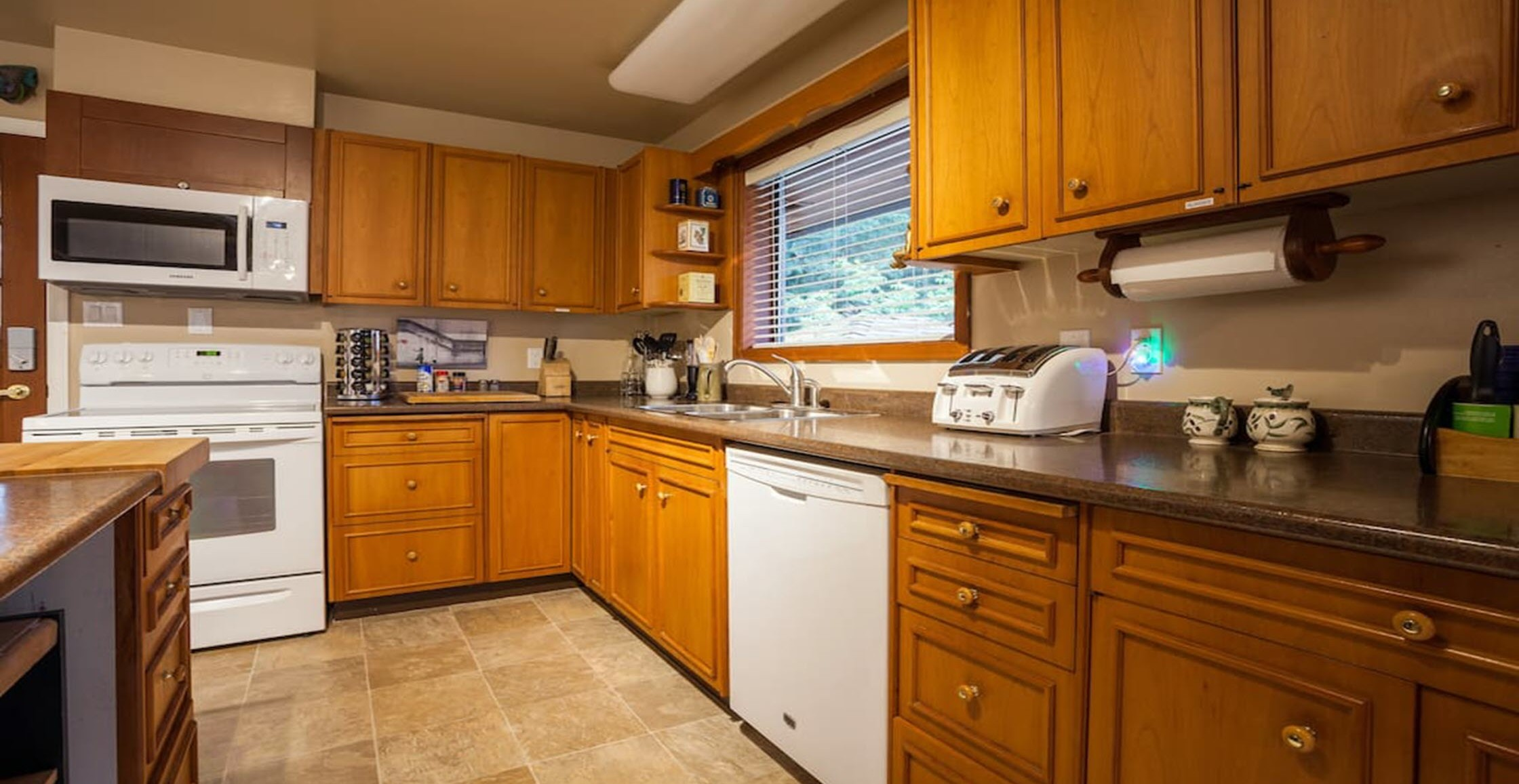 Petie's Cottage Kitchen