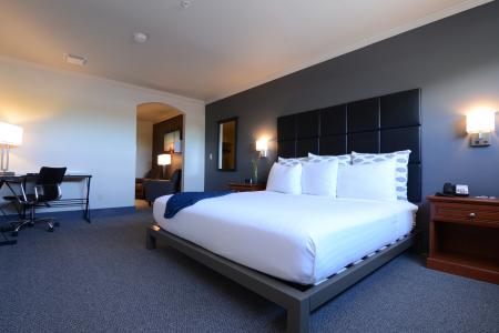 Our Rooms - Wood River Inn, Hailey Idaho