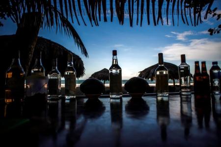 Restaurant/Beach Club