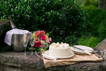 Wedding Food & Cakes