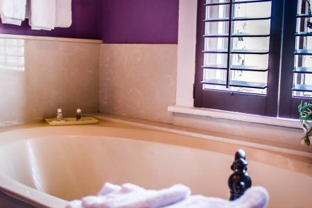 Nutt Hotel Photos
