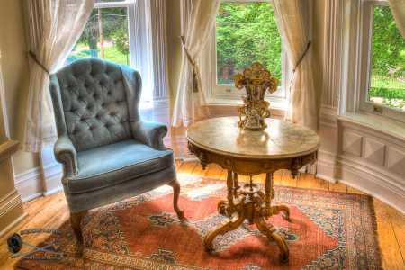 Romeo & Juliet Suite Sitting Area