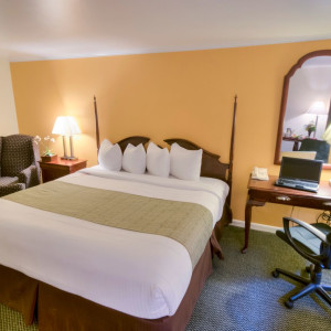 Rooms & Suites | Inn at Reading | Wyomissing PA