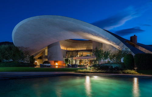 Exploring Celebrity Homes in Palm Springs