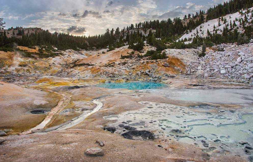 Why You Should Visit Lassen Volcanic Park (Instead of Yosemite)
