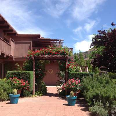 The entrance to sedona views B&B