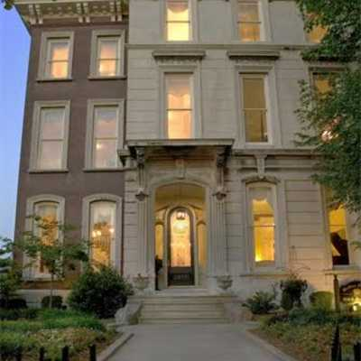 Louisville KY Bed and Breakfast DuPont Mansion Historic B&B