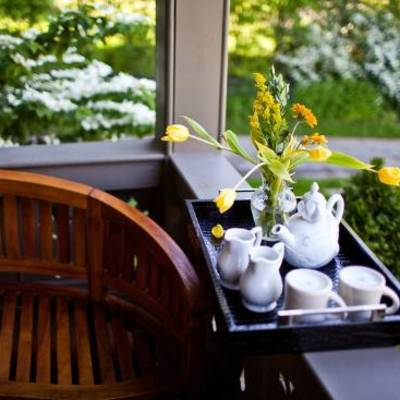 HOTTEST TRENDY NEW BOUTIQUE LUXURY HOTEL BYB INN BURLINGTON VT @ MADE INN VERMONT B&B .BEST VERMONT HIDEAWAY ROMANTIC GETAWAY BURLINGTON B&B HOTEL INN  is @ MADE INN VT B&B .BEST FOODIE HOTEL B&B INN BURLINGTON VERMONT IS @ MADE INN VERMONT BED AND BREAKFAST .BEST PLACE TO STAY - BEST TRIP IDEAS - BEST INN -