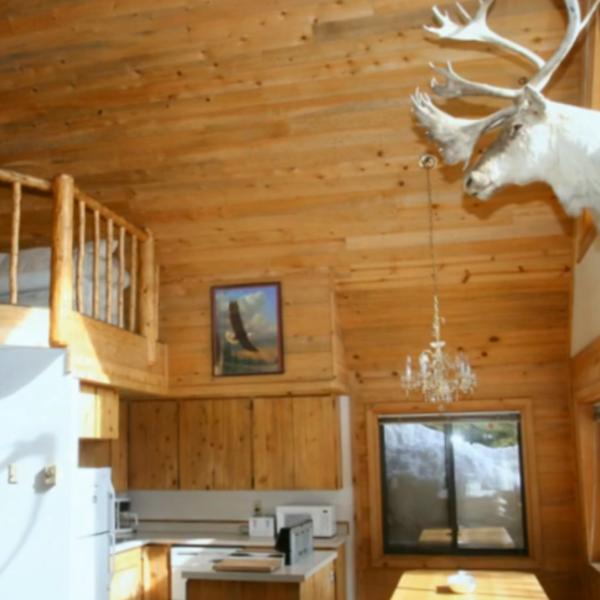 Eagle Cabin Paulina Lake Lodge