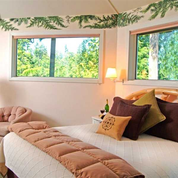 Eagle Nest Apartments: Contemporary Rooms At Eagles Nest Inn B&B