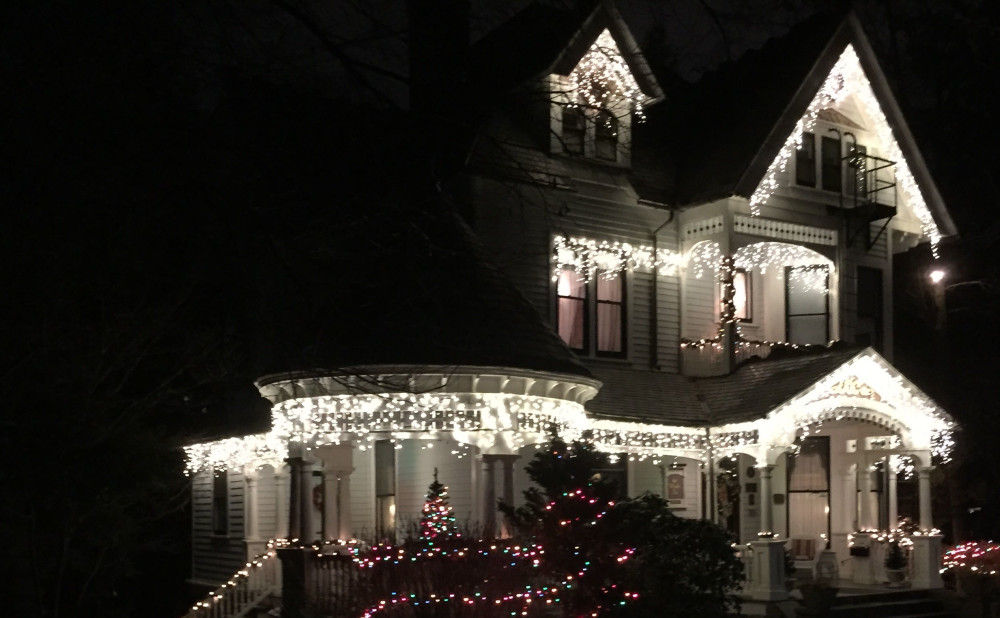 Christmas Season at the Wright Inn bed and breakfast in Asheville NC