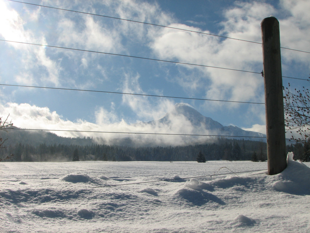 A Quiet Weekend in the Hood River Valley