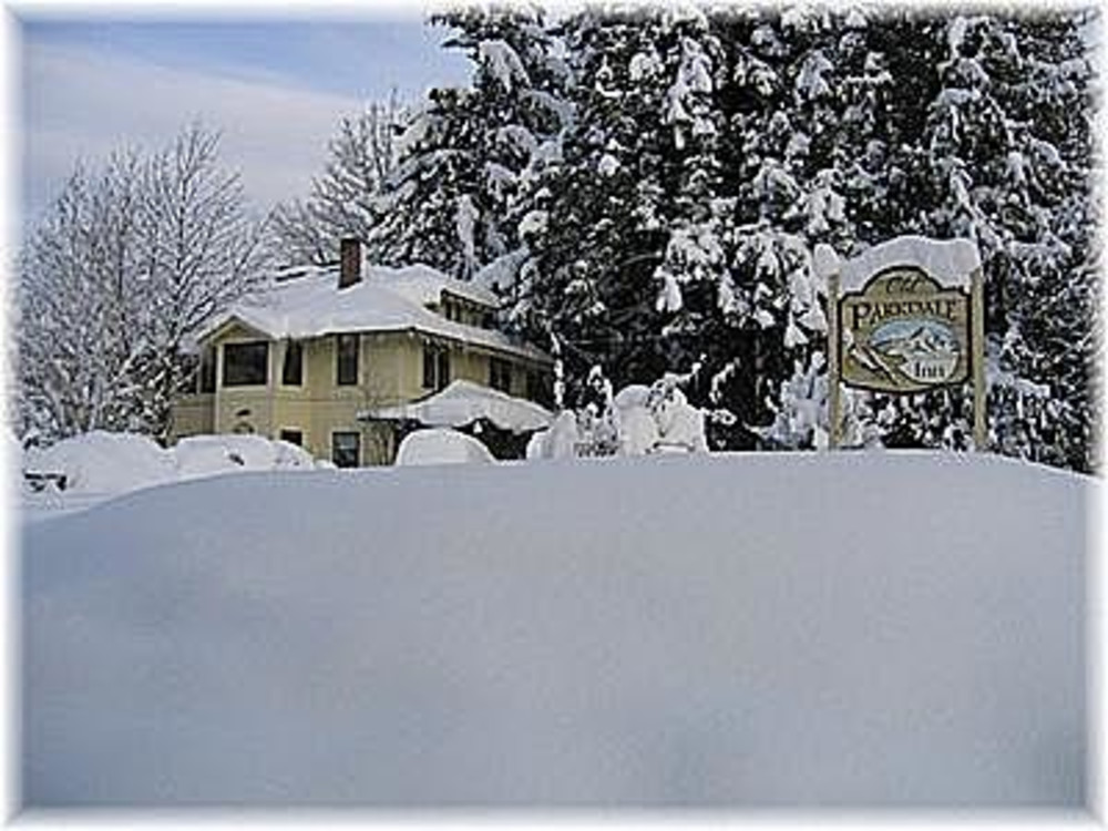 The Old Parkdale Inn and Discount Mt Hood Ski Lift Tickets