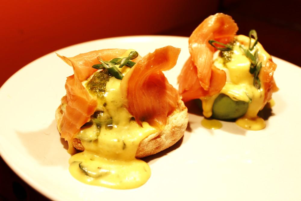 Smoked Salmon Avocado Eggs Benedict with Pesto - Quick & Easy!