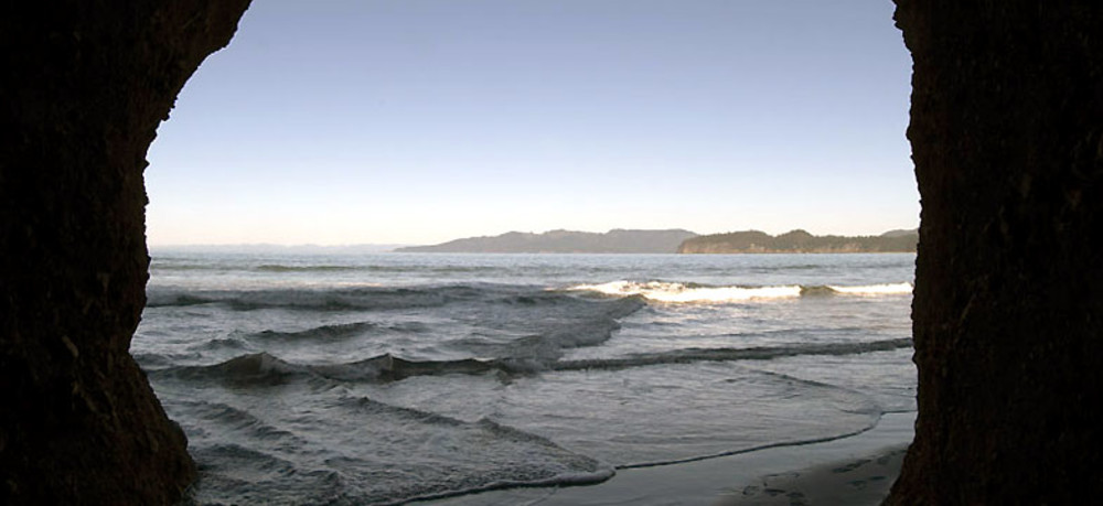 Day 3: Hike to famous Shi Shi Beach (trailhead is 30 minutes fromCape Flattery)