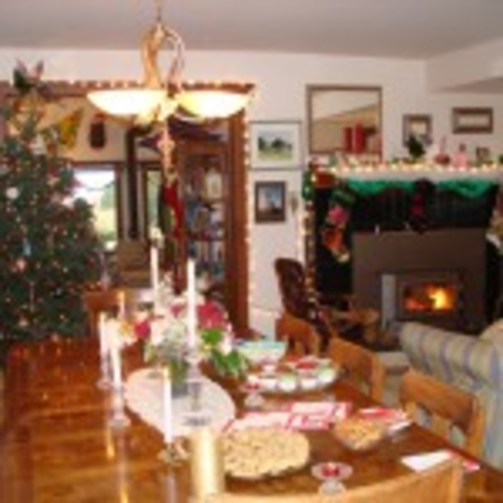 Boreas Inn will be decorated for the holidays by our guests this weekend!