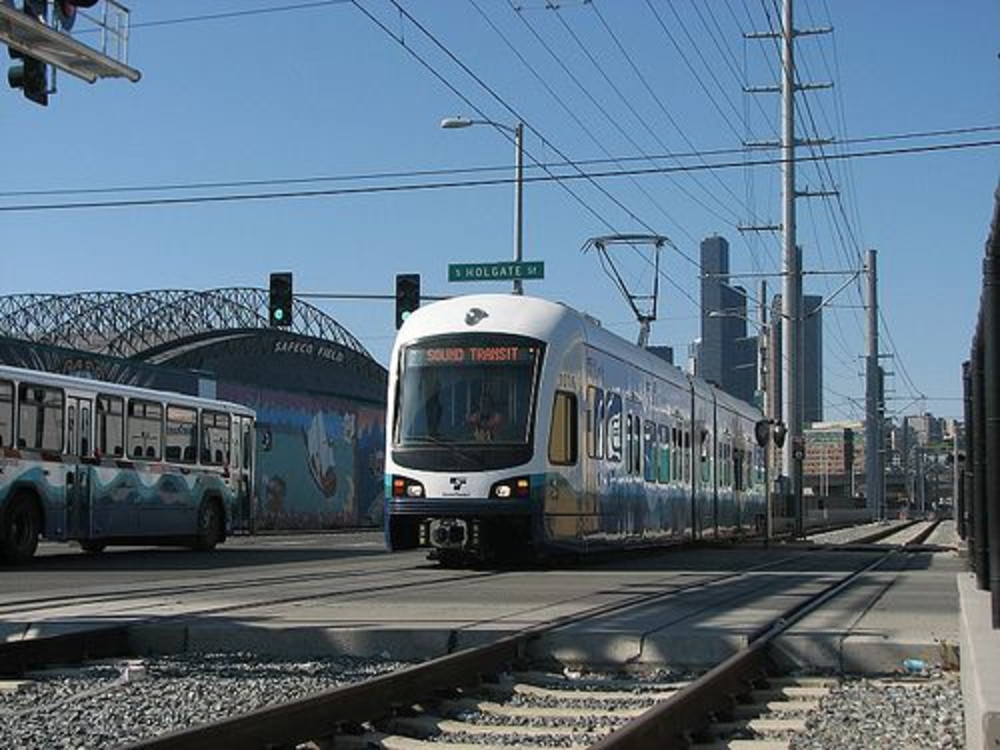 New Seattle Light Rail Links are Open