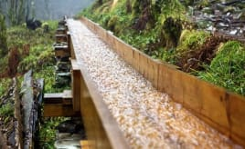 Enthusiasts rebuild old water chutes|Ildsjeler medengasjement for Sandviken