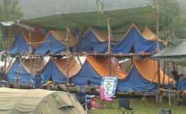 Stacked tents To etasjer med telt