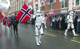 My favorite photo from Constitution Day in Norway|Star Wars og 17.mai