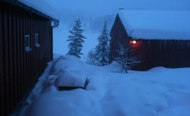 A weekend of skiing, snow bath and eating|En helg med snøbading, skigåing og spising