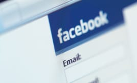 More and more moves to Facebook comments|Flere og flere går over til Facebook kommentarer