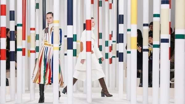 Hermès Women's Fall Winter 2020 runway show