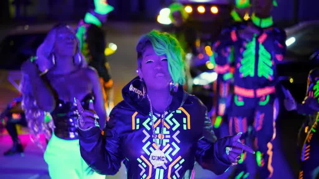 Missy Elliott - DripDemeanor feat. Sum1