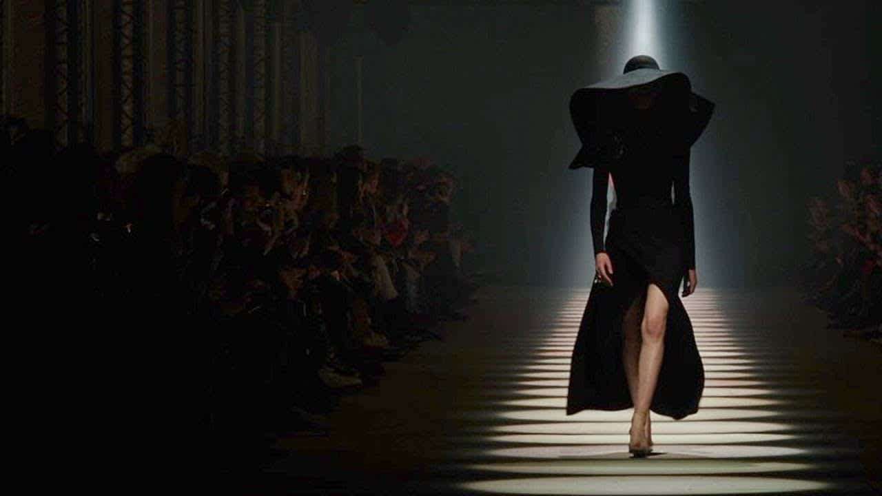 Givenchy Fall Winter 2020 Women's show