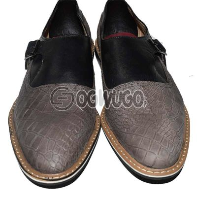 Pointed-toe Croc-skin leathered mens shoe.