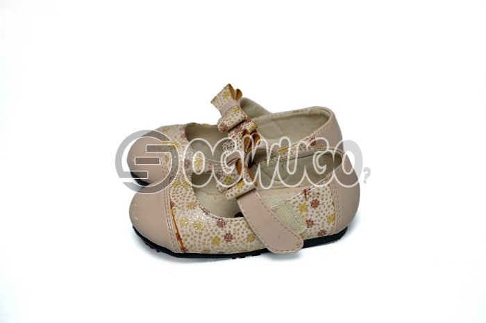 Bear kids shoe (cream) for beautiful ladies between the ages of 15-20.It has different colours and e: unable to load image